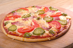 Pizza ham and vegetable Royalty Free Stock Images