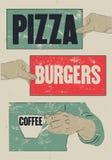 Pizza, hamburguesas, café Cartel tipográfico del grunge del vintage para el café, bistro, pizzería Ilustración retra del vector libre illustration