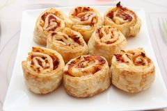 Pizza hawaïenne Rolls Images stock