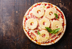 Pizza hawaiana Imagen de archivo libre de regalías
