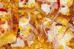 Pizza hecha en casa Imágenes de archivo libres de regalías