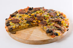 Pizza hecha en casa Fotos de archivo
