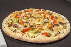 pizza huvudsaklig kurs arkivbilder