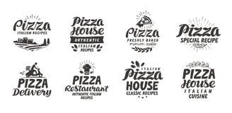 Pizza, icone stabilite dell'alimento L'iscrizione della raccolta, etichette per il menu progetta il ristorante o il caffè Immagine Stock Libera da Diritti