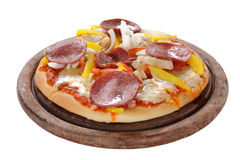 Pizza isolada no branco Fotografia de Stock Royalty Free