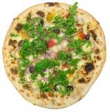 Pizza italiana com a cebola isolada no branco Fotografia de Stock