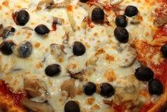 Pizza italiana curruscante Fotografía de archivo libre de regalías