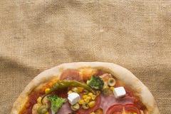 Pizza italiana fresca Immagine Stock