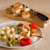 Pizza italiana típica con las verduras y el queso del grascelli Fotografía de archivo libre de regalías