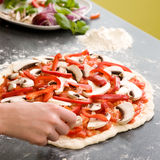 Pizza italienne faite maison de type Photographie stock