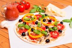 Pizza italienne préparée photos libres de droits