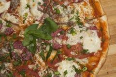 Pizza lista Imagen de archivo libre de regalías