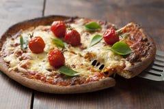 Pizza Margarita stock foto's