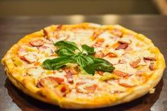Pizza Margherita fotografía de archivo