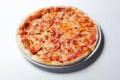 Pizza Margherita robić z pomidorami, serem i mozzarellą, fotografia royalty free