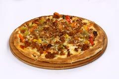 Pizza med kött royaltyfri bild