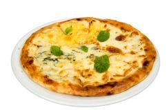 Pizza med ost royaltyfria bilder