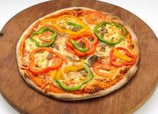Pizza med paprika Fotografering för Bildbyråer