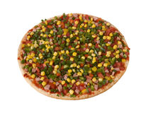 Pizza mit dem Speck und Gemüse, halb fertig Lizenzfreies Stockfoto