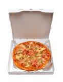 Pizza mit essbaren Meerestieren im Kasten Lizenzfreies Stockbild