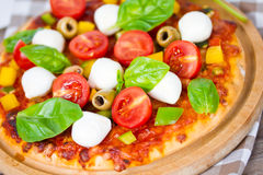 Pizza mozzarella Royalty Free Stock Photos