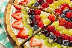 Pizza naturelle faite maison de fruit Photo libre de droits