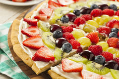 Pizza naturelle faite maison de fruit Image stock