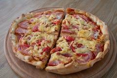 Pizza nelle parti Fotografia Stock Libera da Diritti