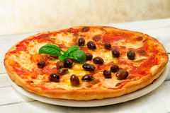 Pizza with olives Royalty Free Stock Images