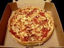 Pizza in open doos Stock Foto's