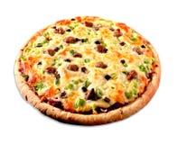 Pizza på vit arkivfoton