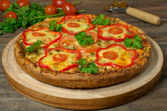Pizza with pepper and chicken Royalty Free Stock Images