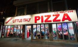 Pizza pequena famosa de Itália em Manhattan Fotografia de Stock