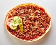 Pizza picante de Lahmacun do turco com carne picada Imagem de Stock Royalty Free