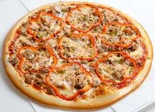 Pizza, pizzas europeas y cocina americana fotografía de archivo