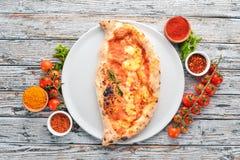 Pizza Plato tradicional italiano imagen de archivo