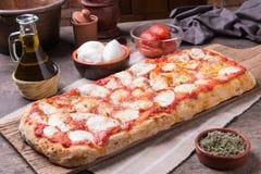 Pizza rectangular del ` s del romana Imagenes de archivo