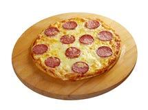 Pizza hecha en casa Pepperoni.Closeup Imagenes de archivo