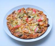 Pizza sabrosa, pizza de los mariscos, pizza con los mariscos, pizza con los mariscos Foto de archivo libre de regalías