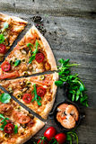 Pizza saporita Immagine Stock
