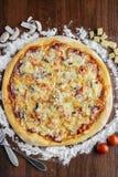 Pizza saporita Fotografie Stock
