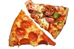 Pizza-Scheiben (mit Ausschnittspfad) Lizenzfreie Stockbilder