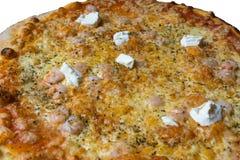 Pizza with shrimp cream fraiche Royalty Free Stock Photos