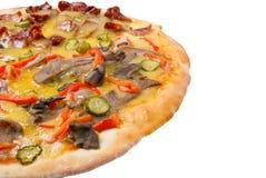 Pizza suprema aislada Imagenes de archivo