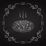 Pizza, tiza dibujada en una pizarra Imágenes de archivo libres de regalías