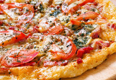 Pizza with tomato Royalty Free Stock Images