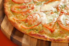 Pizza with tomato and cheese Royalty Free Stock Photos