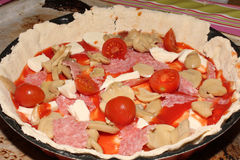 Pizza Unbaked Foto de Stock
