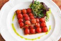 Pizza vegetariana del tomate Fotografía de archivo