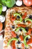 Pizza vegetariana fresca Fotografia Stock